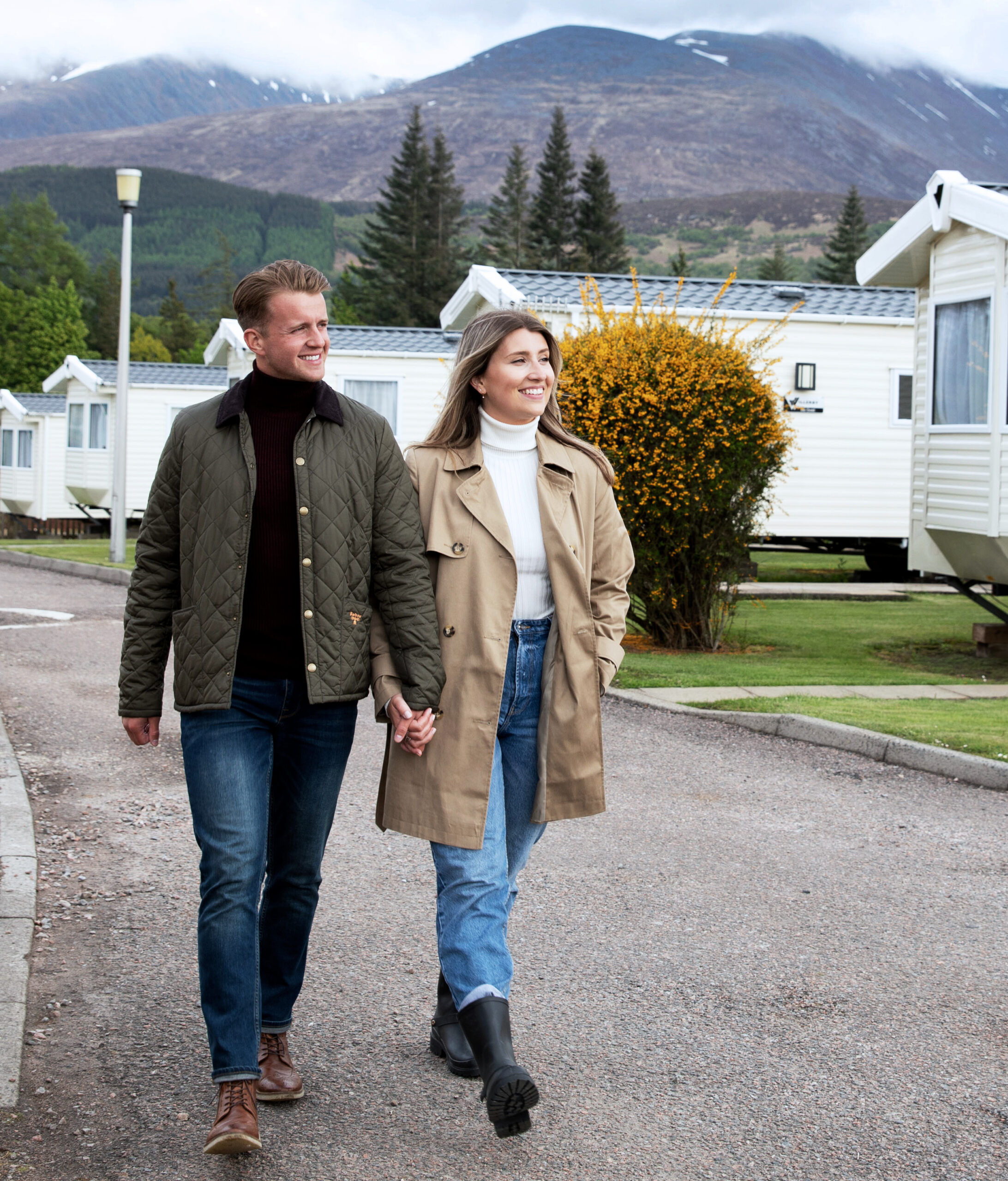 couple walking in ben nevis holiday park