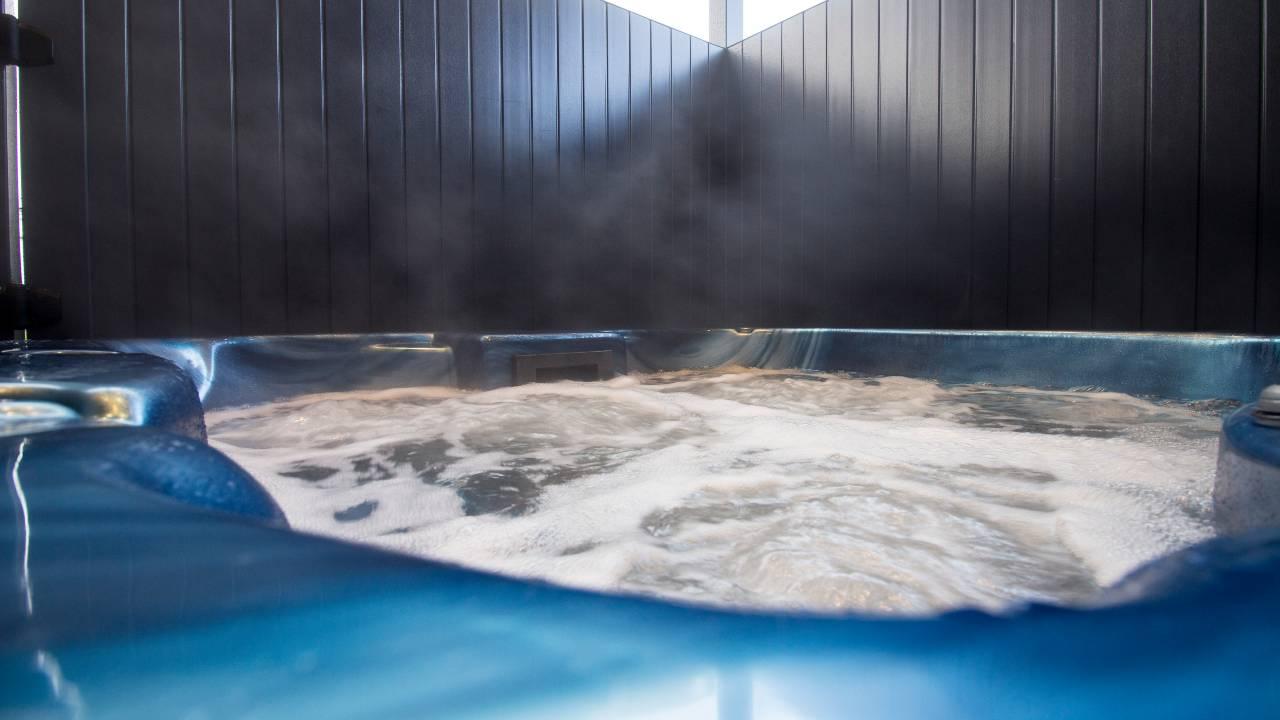Hot tub lodge Ben Nevis Holiday Park